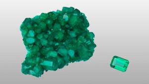 Karakteristik Batu Akik Emerald