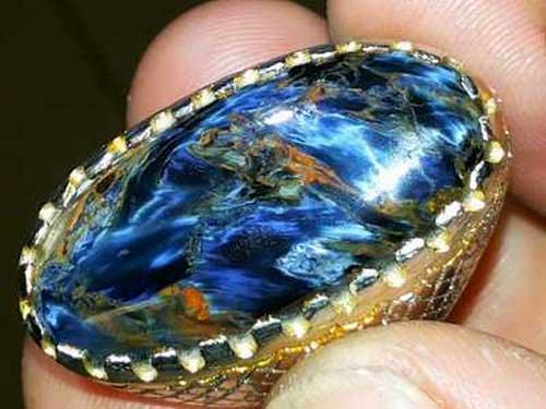 Menakjubkannya Batu Akik Halmahera