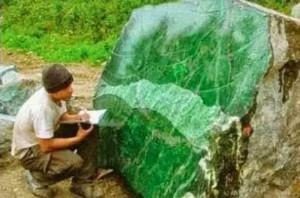 Indahnya Batu Akik Borneo Hijau Dan Khasiatnya Untuk Pengasihan