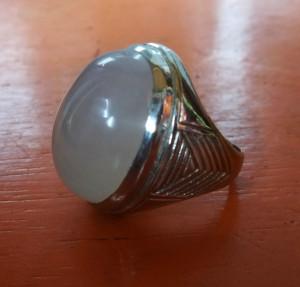 Batu Bacan Kristal Putih - Emban Ikat Gagang Cincin Akik Monel