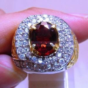 Batu Mulia Blink Blink Red Garnet
