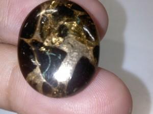 Batu Pirus Urat Emas - Jual Batu Permata Pirus Hitam