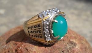 Batu cincin bacan